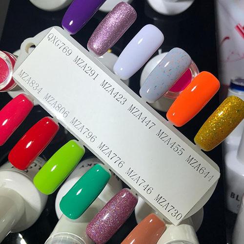 BLUESKY Esmalte Gel MZA746 Ciruela con micro glitter