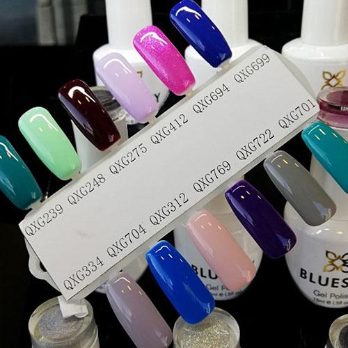 BLUESKY Esmalte Gel QXG694 - Fucsia con glitter tornasol